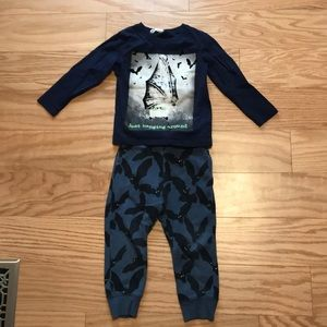 2-4 years H&M Bat Outfit